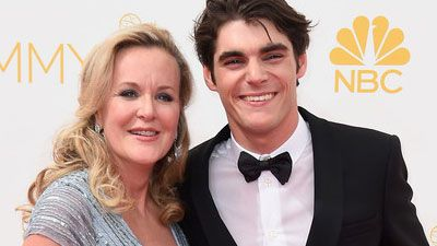 rj-mitte-and-his-mom
